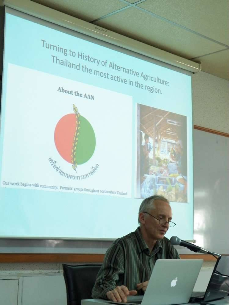 seminar-report-vandergeest-social-lives-of-organic-politics-of-food-in-thailand